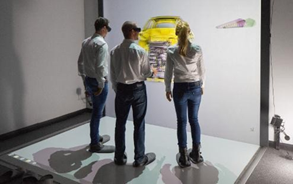 People using Audi VR system
